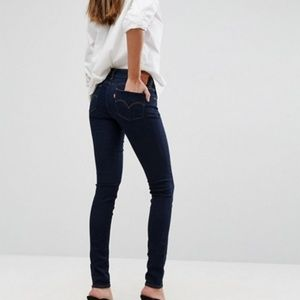 [Levi's] 711 Dark Wash Skinny Jeans